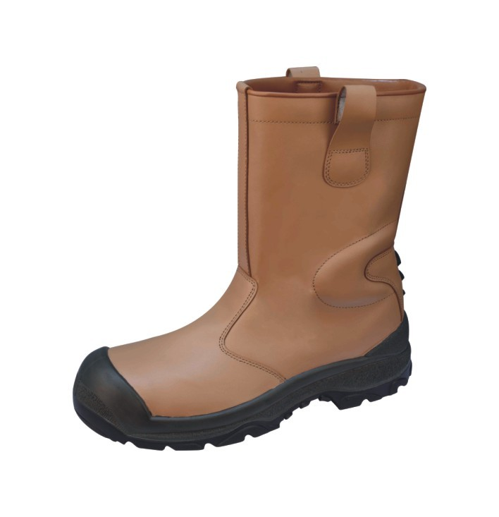 Tan Rigger Boot, Warmlined SAKHA