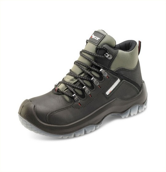 Hiker Boots Traction Black