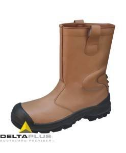 SHO 406 Tan Rigger Boot, Warmlined SAKHA from PPE Supplies Footwear