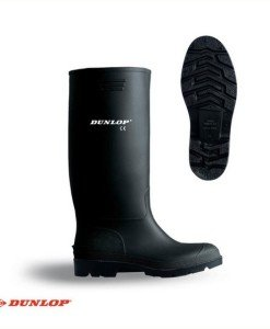 Black Wellingtons Dunlop